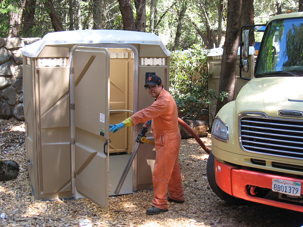 Mill Valley Refuse Service Clean Portable Toilet